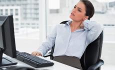 Permalink to Ini 6 Cara Mengobati Leher Sakit ,Terlalu Lama di Depan Komputer