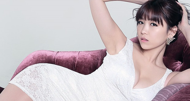 Sexy Yoon Eun-hye – actress, singer and model