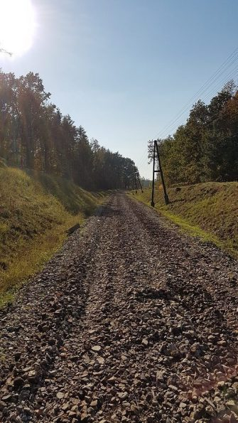 Revitalizace stanice Szydlów - stav v polovině října 2018 (zdroj: ostatniafabrykaparowozow.opolskie.art.pl).