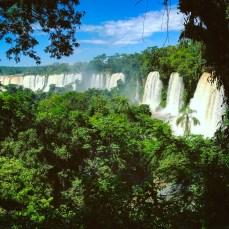 korista_com-Brazil-Iguazu-waterfalls-nature-landscape3