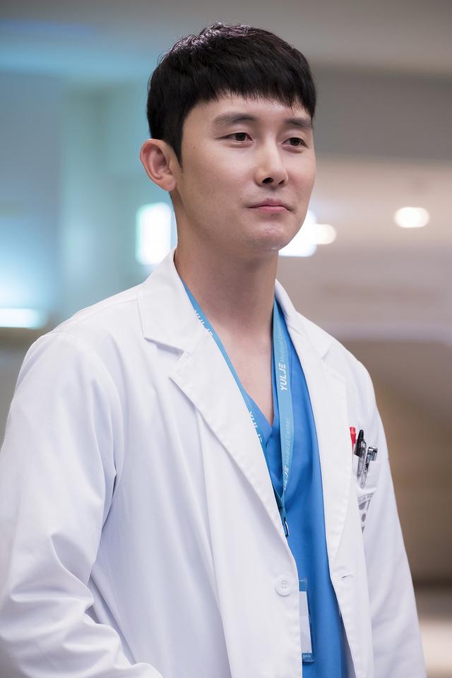 คุณหมออันชีฮง Hospital Playlist