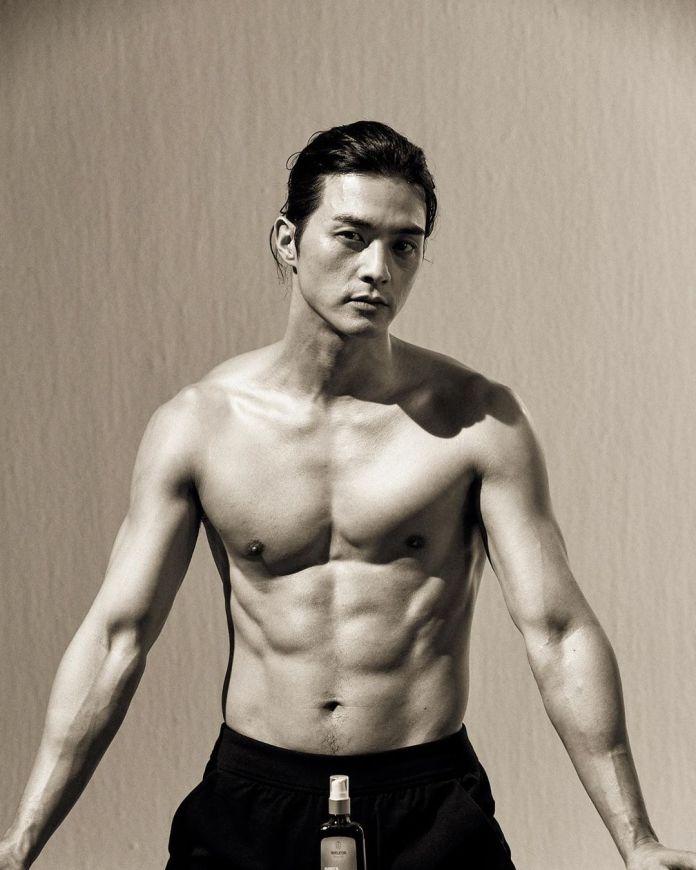 คิมจีฮุน หุ่น