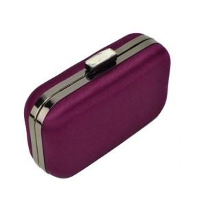 lila-juhlalaukku
