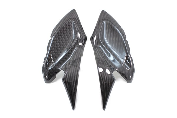 Carbon fiber Kawasaki Z 1000 side panels - small