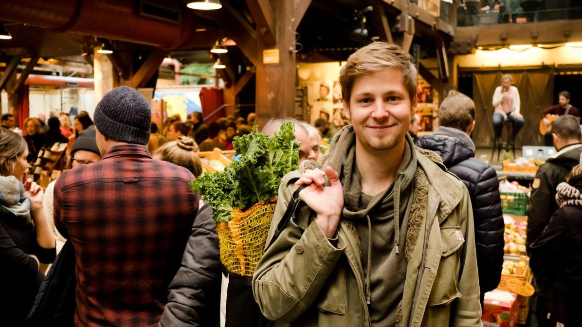 Alex Meyer organisiert die erste Hamburger Food Assembly