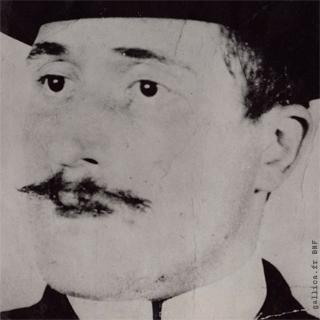 portret apollinaire