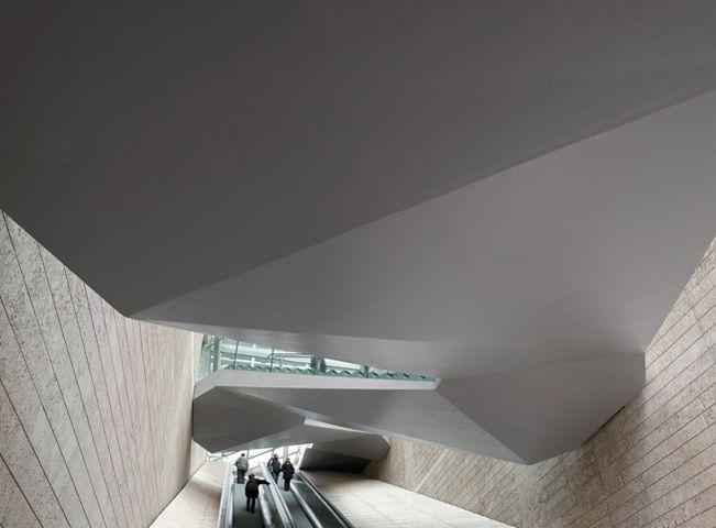 Commercial Stone Escalator