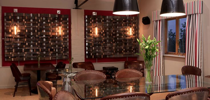 Astonding Interiors Restaurant