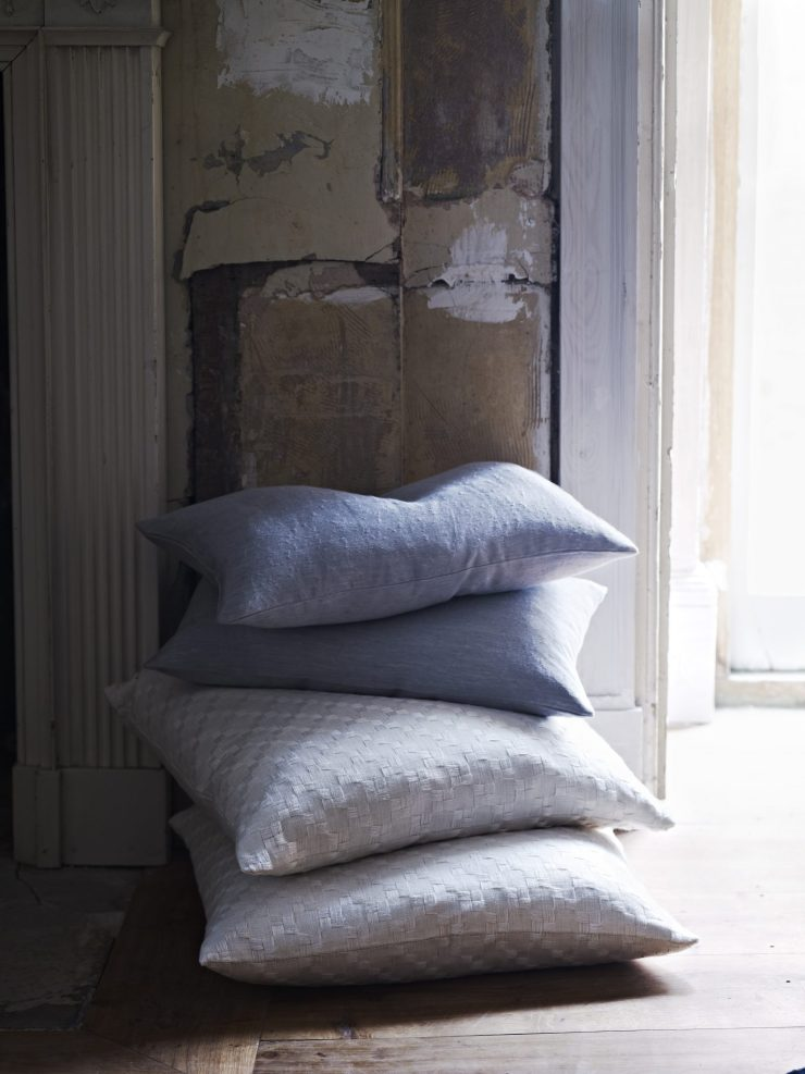 Cushions for textured upholstery sofas