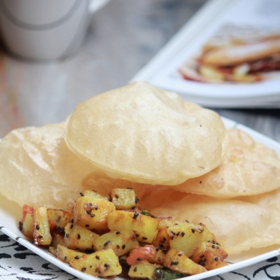 Luchi ar Aloo Chorchori Recipe – Bengali Cuisine – Deep Fried Indian Flat Bread Recipe & Potato with Black Cumin Recipe