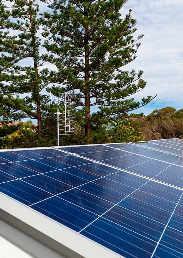 Aurinkopaneelit kotiin ja mökille