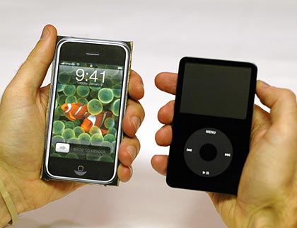 iphone vs ipod