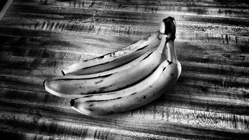 banana black and white photo