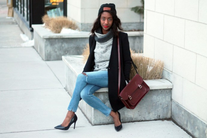 6STYLING AN OVERSIZED SWEATER