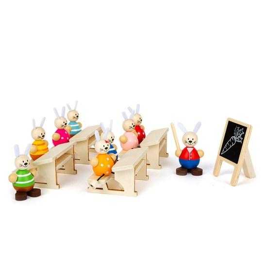 Escuela de conejos en madera