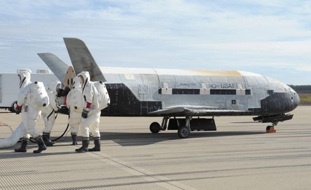 X37 uzay space