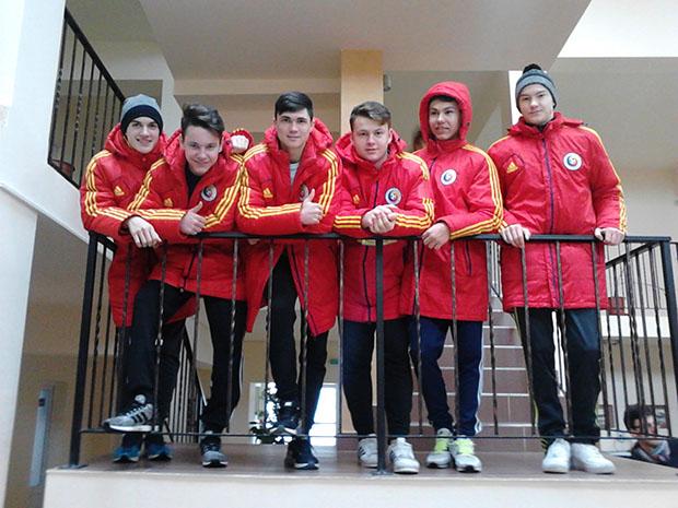 Az Akadémián edzőtáborozó U16-os válogatott néhány  tagja