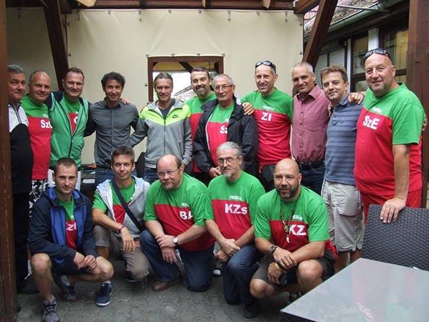 Közös kép Lisztes Krisztián és Telek András  egykori válogatott Ferencváros-játékosokkal