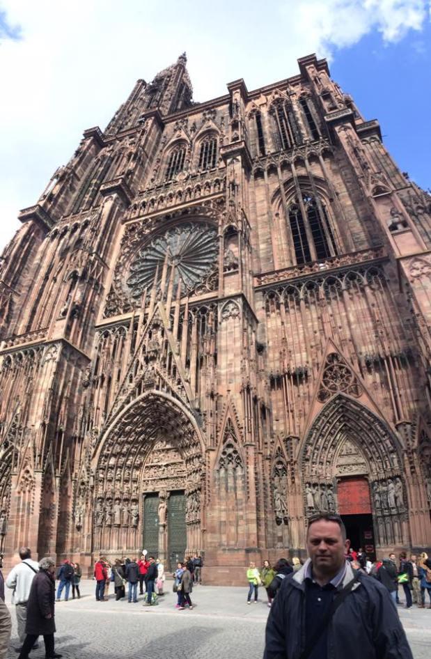 Hajdu Zoltán a Notre-Dame előtt