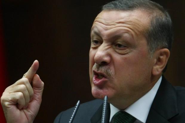 erdogan-megfosztana-torok-allampolgarsaguktol-a-pkk-tamogatoit_118581