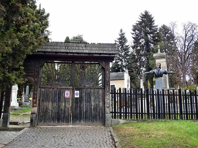 katolikus temeto marosvasarhely (10)