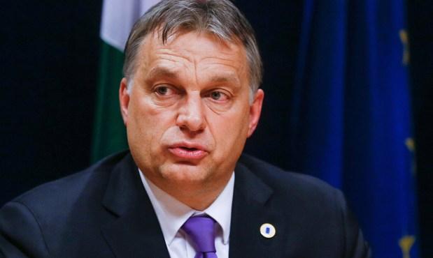 Brüsszel, 2014. március 6. Orbán Viktor magyar miniszterelnök sajtótájékoztatót tart az Európai Unió rendkívüli csúcsértekezlete után az Európai Tanács brüsszeli székházában 2014. március 6-án. Az Európai Unió állam- és kormányfői az ukrajnai válságról tanácskoztak. (MTI/EPA/Olivier Hoslet)