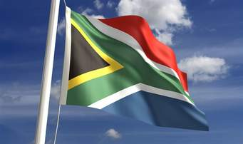 Flag of S Africa - Cancelan mas de 2000 licencias…