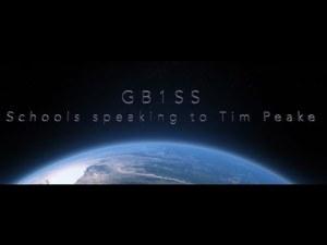0 18 - La nueva Tripulación de la ISS Incremento con Dos Aficionados de Radio Llega a la Estación de