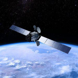 eshail 2 geostationary satellite credit eshailsat 768x1024 300x300 - Es'hail-2 en vivo! PRUEBAS DEL TRANSPONDEDOR