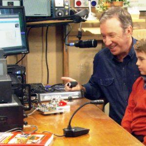 Tim Allen ham radio 300x300 1 - ¡Prepárese para la 15ª Subasta Anual en Línea del ARRL!