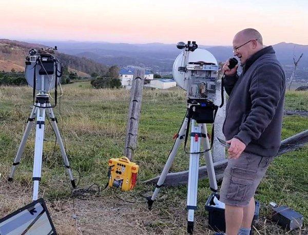 Microwave FT8 Contact on 122 GHz VK4FB - Radioaficionado australiano informa primer contacto FT8 en 122 GHz