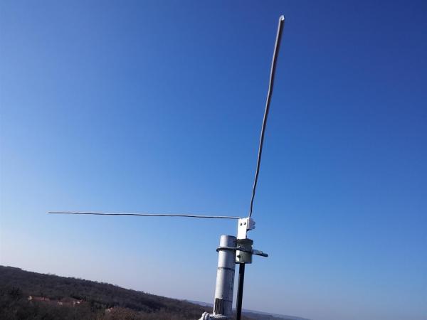 Vdipole roof - Cómo construir un dipolo en V para recibir satélites meteorológicos