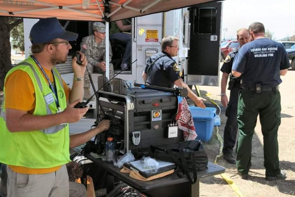 Radioaficionados le hacen frente al huracán Laura en la costa del Golfo, KP3AV Systems