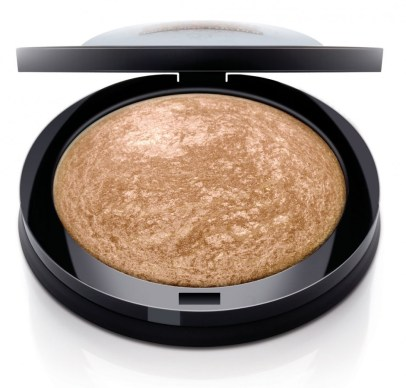 Ruby-Kissesll-Over-Bronzing-Powder-Deep-Glow