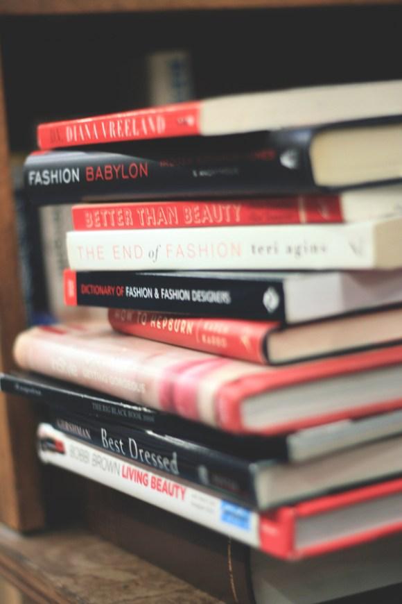 Burkes-Book-Store-10