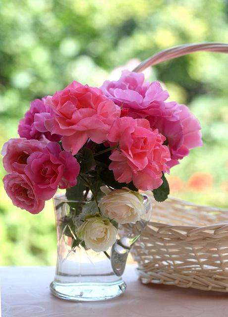 pink-floral-arrangement