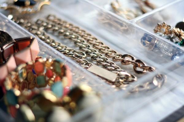 Easy-Jewelry-Storage-KPFUSION-3