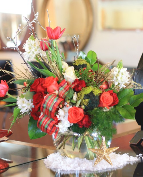 Holiday Floral Arrangement by Ava Loren Design. Shot by Kim Thomas for KP Fusion. Dec 2014