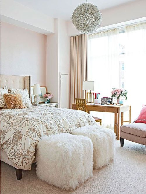 Pale Pink Walls Decor-2