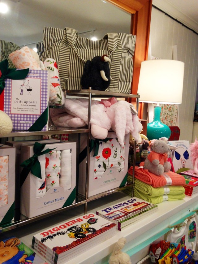 Mrs-Post-Stationery-Memphis-Holiday-Preview-Party-KP-Fusion-19