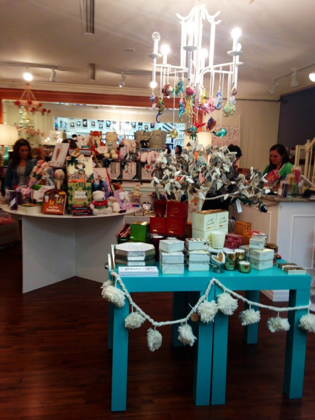 Mrs-Post-Stationery-Memphis-Holiday-Preview-Party-KP-Fusion-30