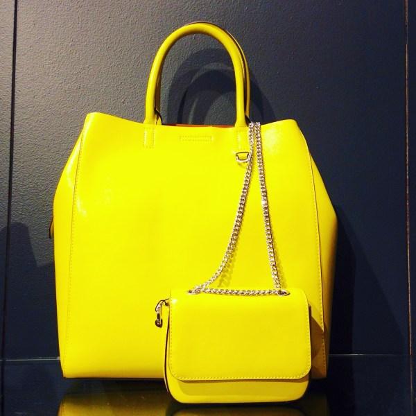 banana-republic-fall-2015-collection-handbags