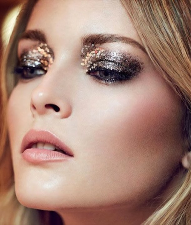 holiday-beauty-sparkle-glittery-makeup