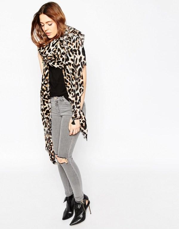 lightweight-leopard-print-skirt