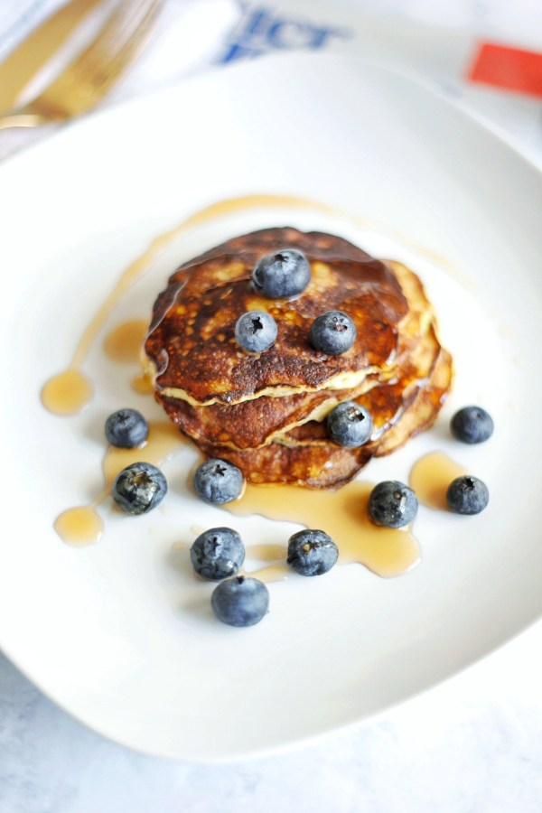 2-ingredient-pancakes-3-01-01