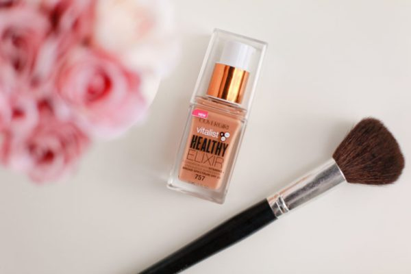 covergirl-vitalist-healthy-elixir-foundation (2 of 2)