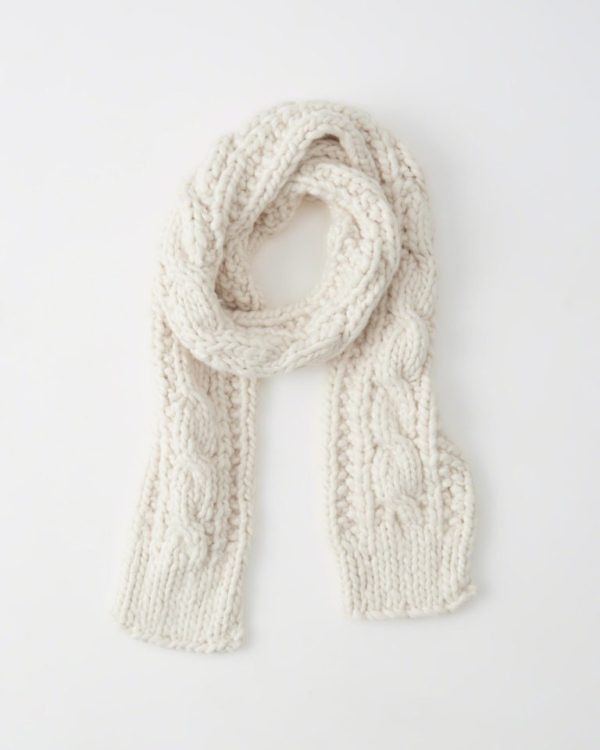 Abercrombie & Fitch Cable Knit Scarf