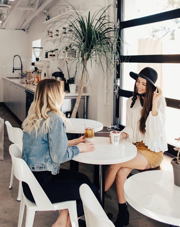 7-Things-Wealthy-Women-Do-With-Their-Money-That-You-Can-Do-Too-the-everygirl