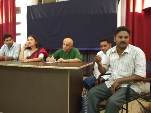 (R-L) Shaukat Ali, Riyaaz Ali, Harsh Mander, Farah Naqvi and Akram Chaudhury at the press conference in Delhi. Credit: Jahnavi Sen