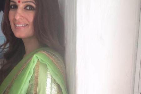 Twinkle Khanna apologises for her stance...